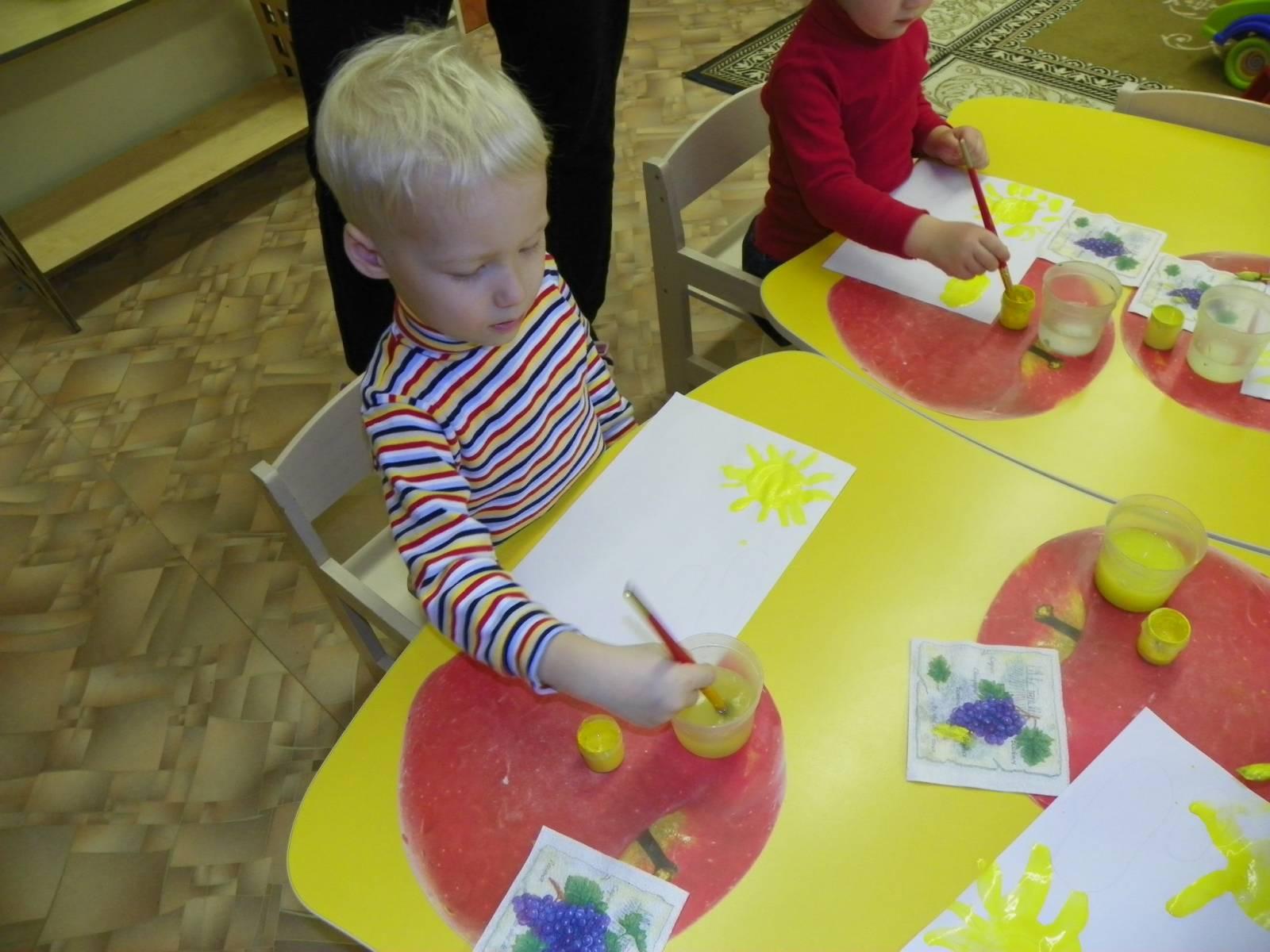 Аппликация для детей раннего возраста фото